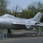 Mikoyan-Gurevich MiG-19 - 2