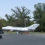 Mikoyan-Gurevich MiG-19 - 4